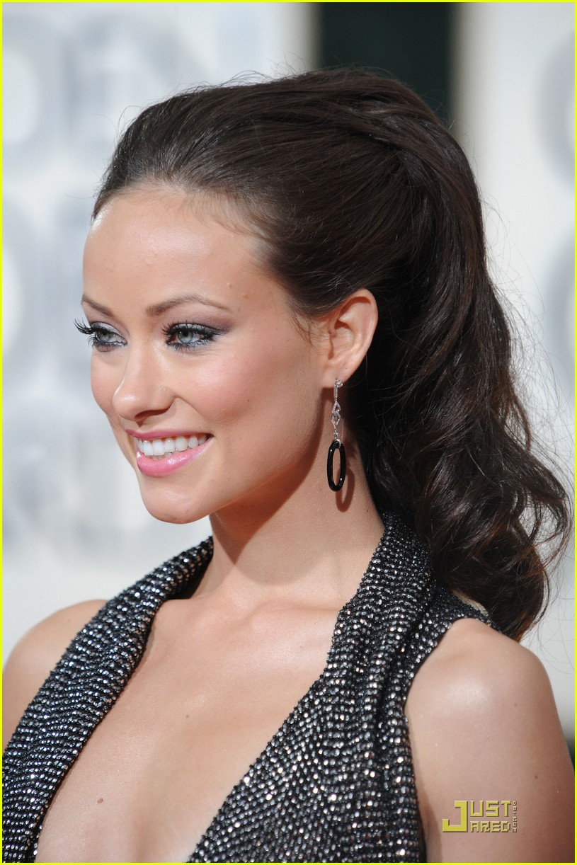 olivia wilde 2010 golden globe awards red carpet 032409128