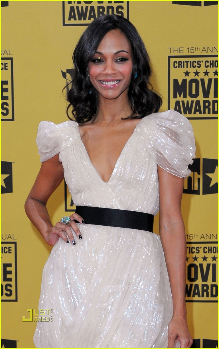 zoe saldana critics choice awards 2010 042408559