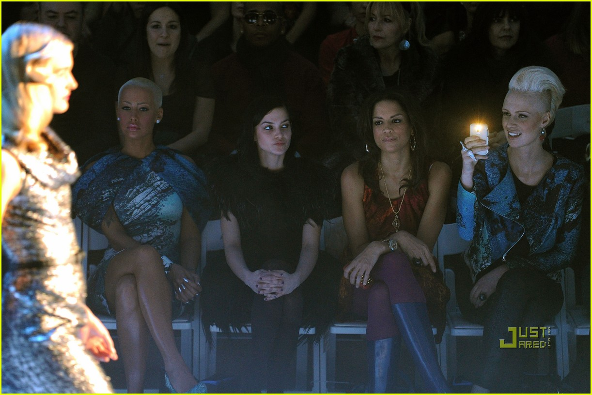 amber rose christian siriano new york fashion week 03