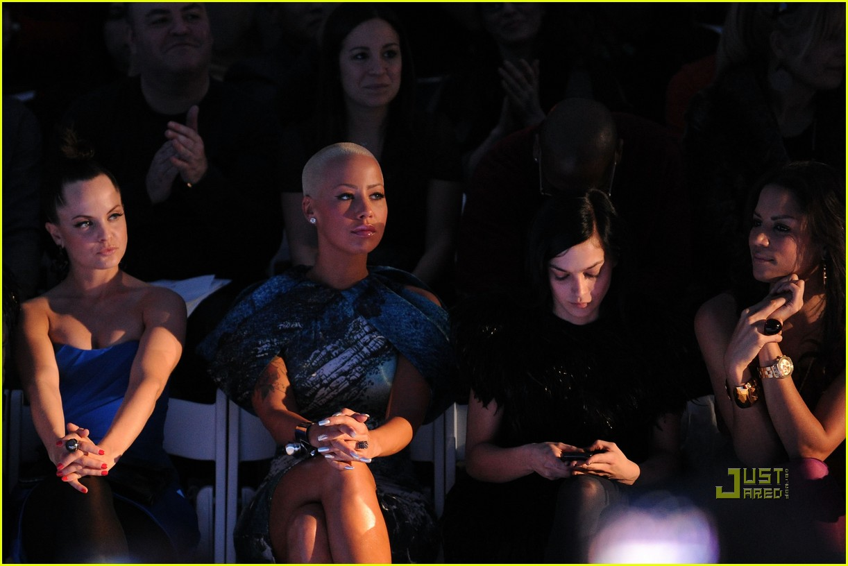 amber rose christian siriano new york fashion week 15