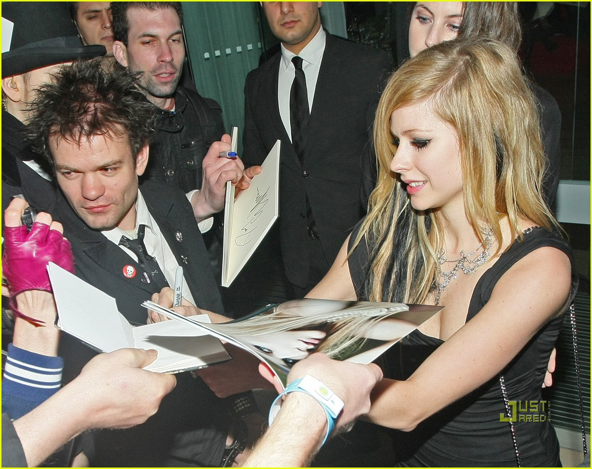Full Sized Photo Of Avril Lavigne Deryck Whibley Alice In Wonderland After Party Reunited 05