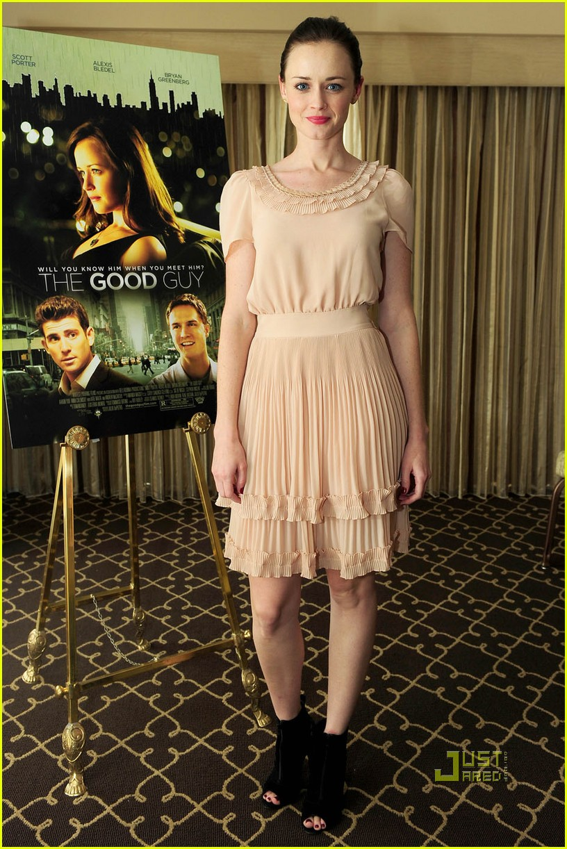 Alexis Bledel: Gilmore Girls Movie?: Photo 2427453 | Alexis Bledel ...