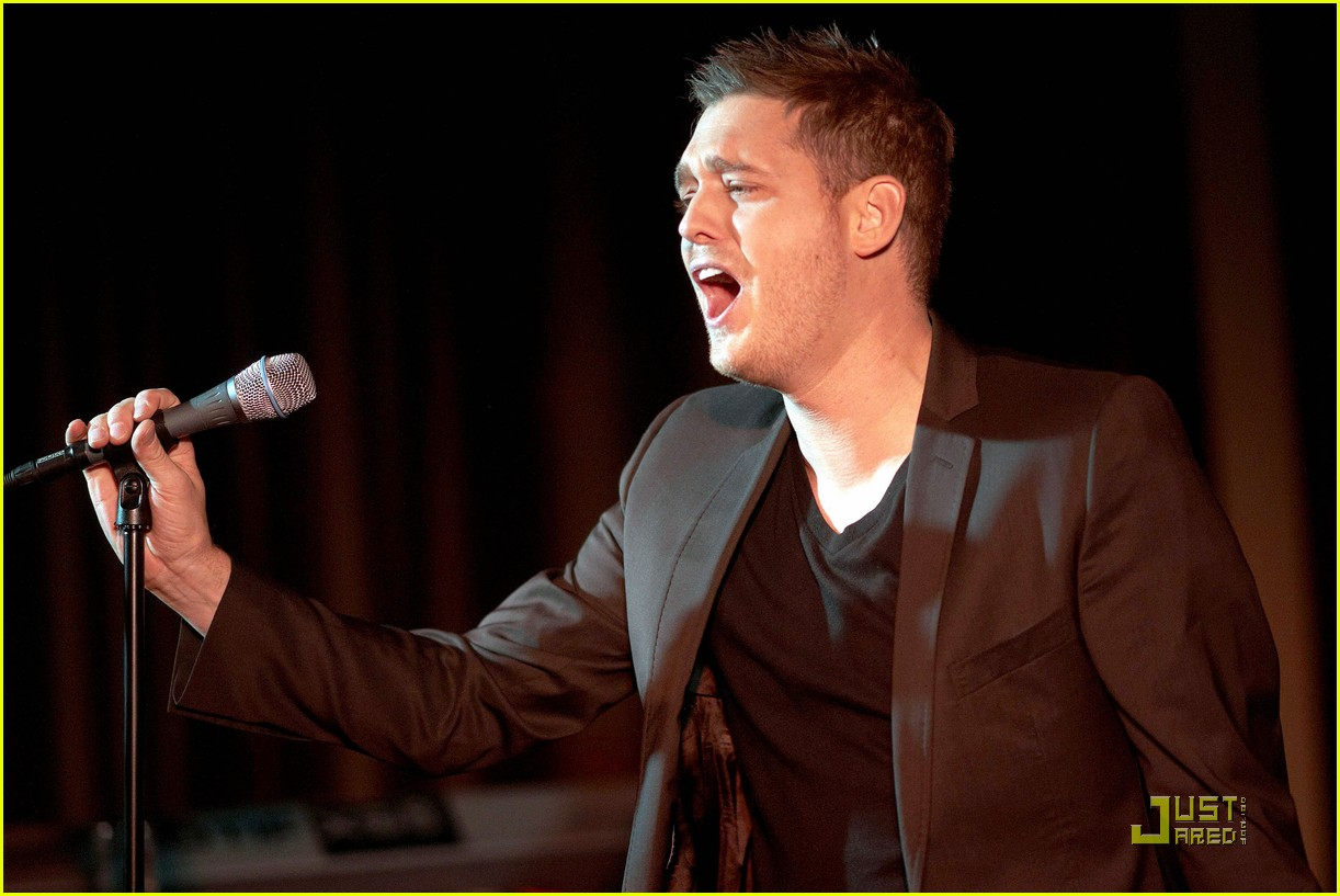 michael buble is a polished performer 012424818