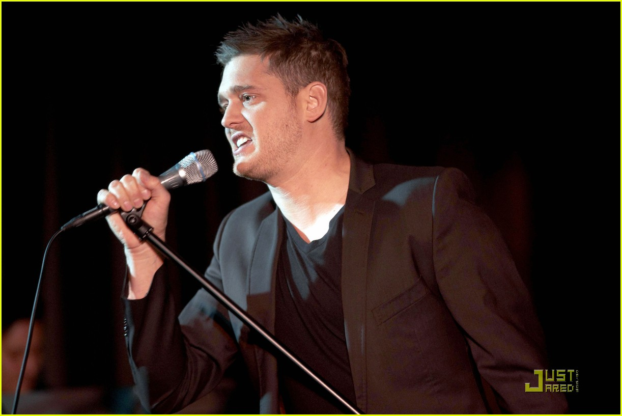 michael buble is a polished performer 022424819