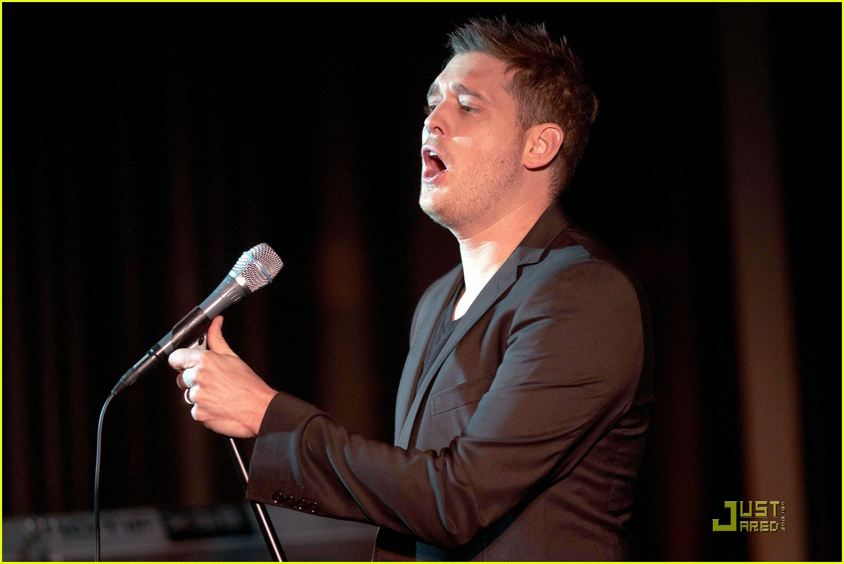michael buble is a polished performer 062424823
