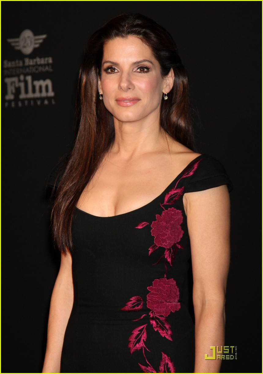 sandra bullock accepts the american riviera award 24