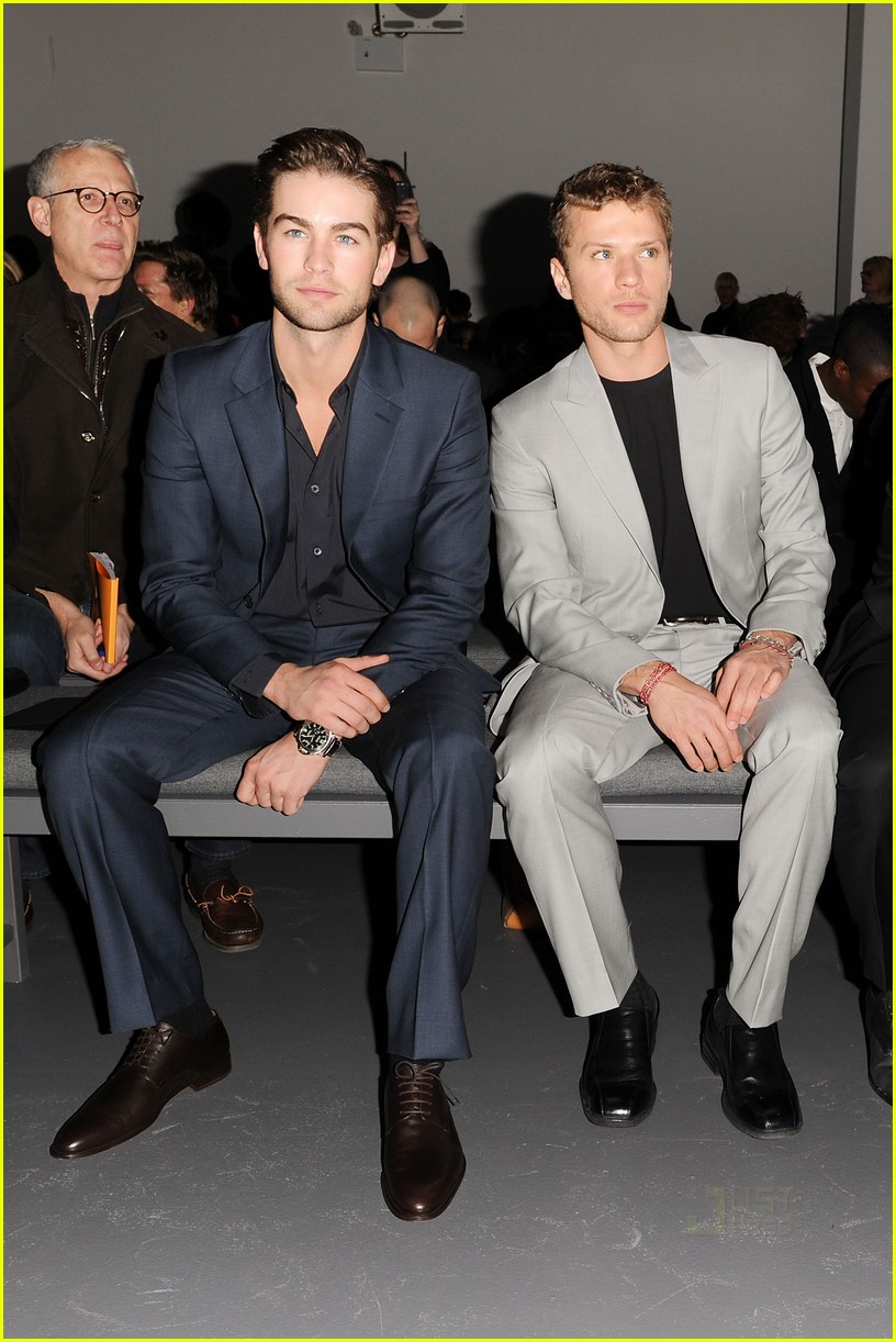 calvin klein front row ny fashion week 30