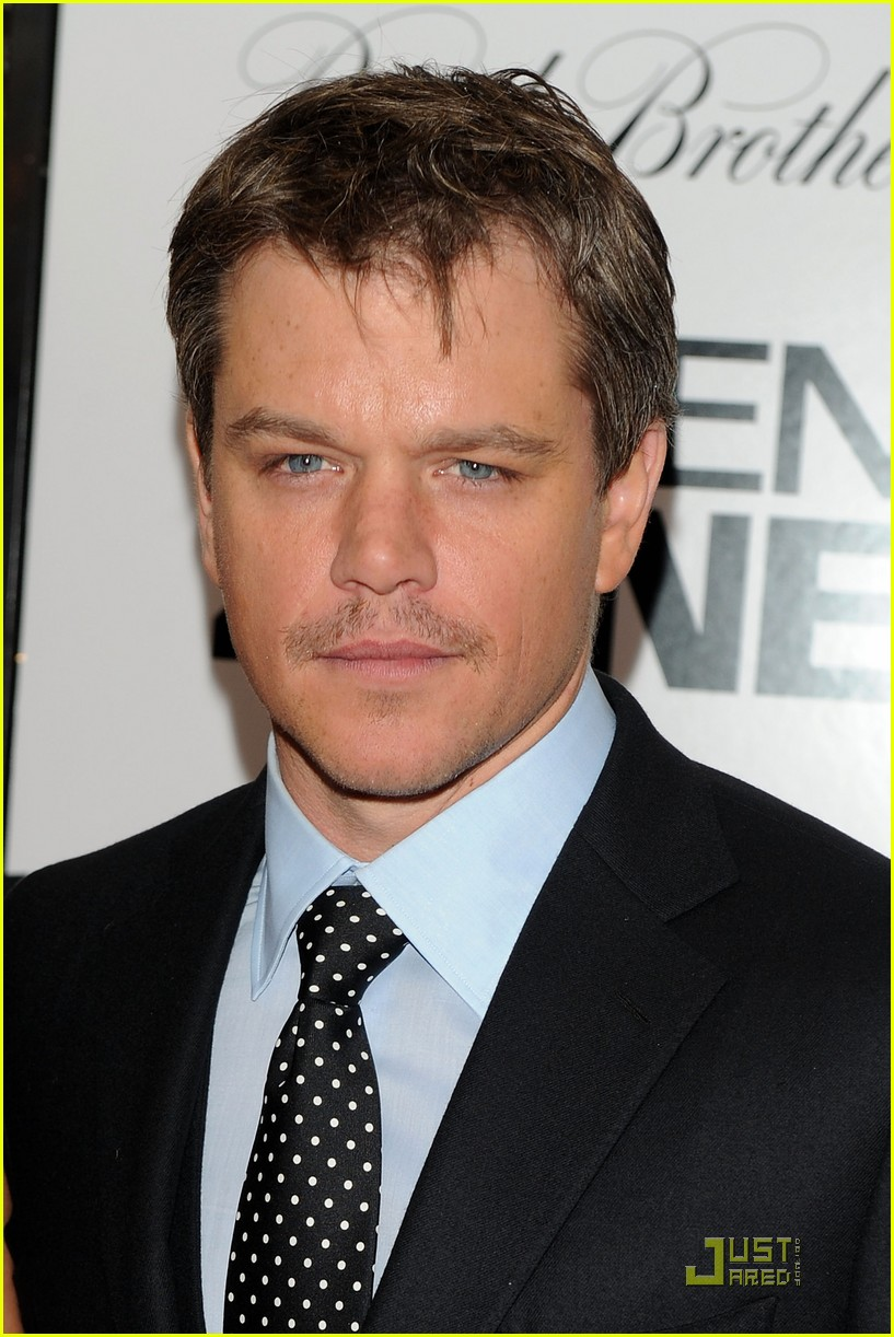 matt damon moustache man 02