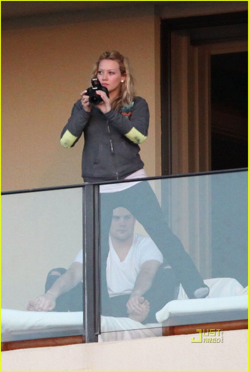 hilary duff mike comrie proposal hawaii 052429446