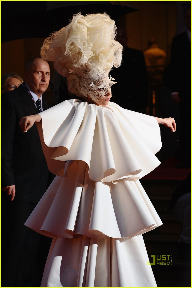 lady gaga brit awards white tier dress 05