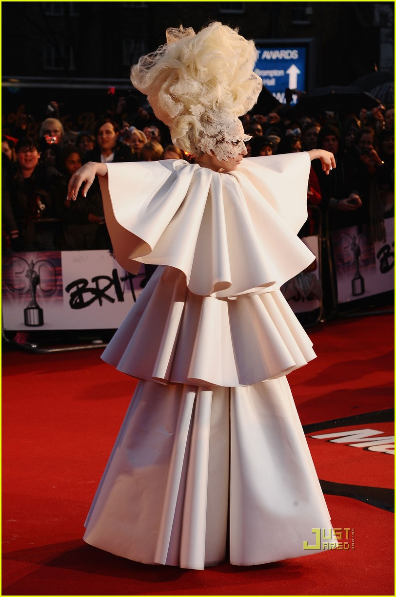 lady gaga brit awards white tier dress 062428120