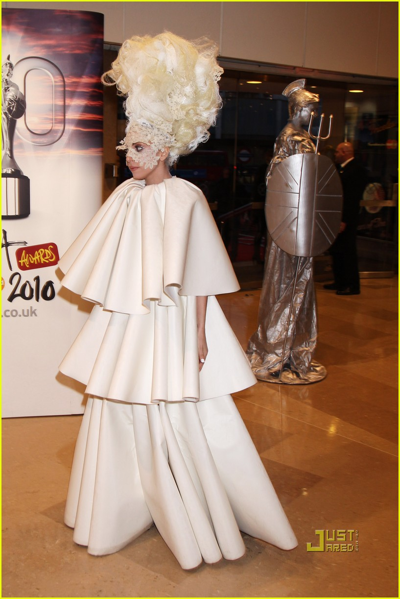 lady gaga brit awards white tier dress 092428123