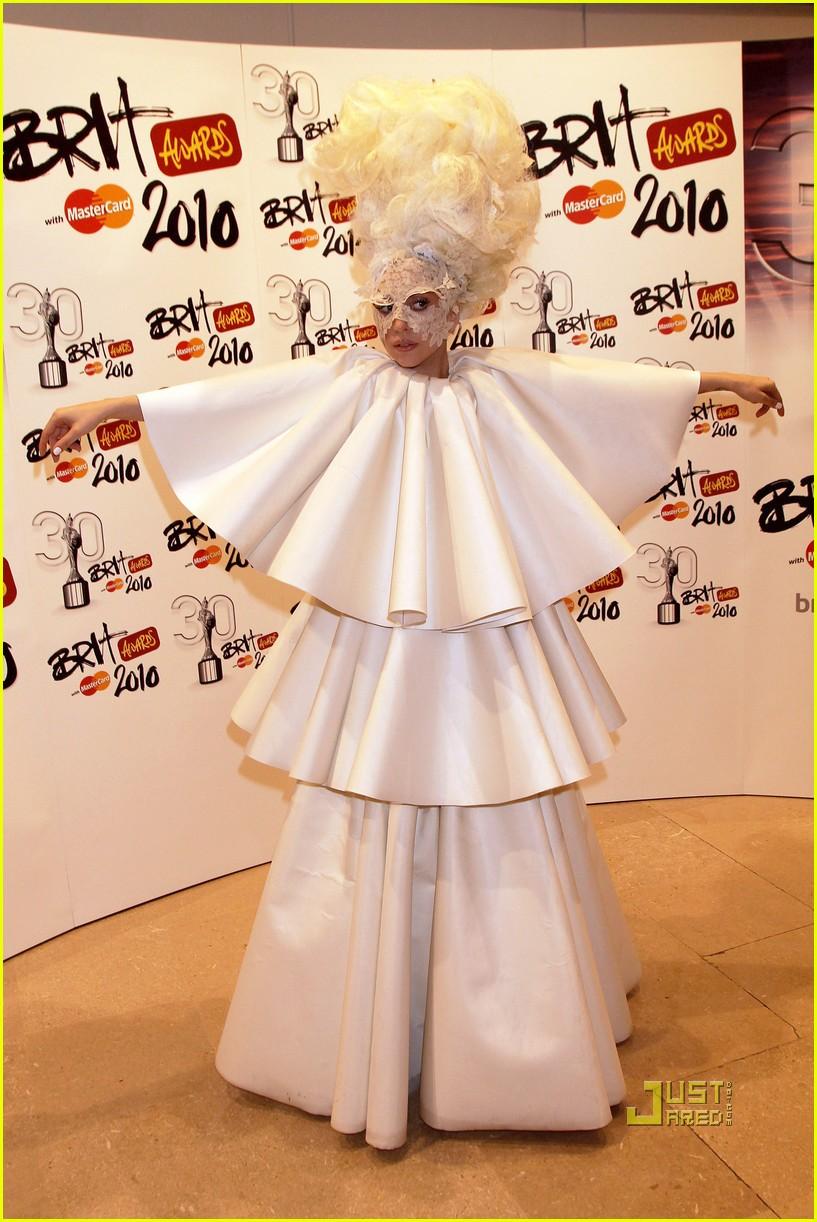 lady gaga brit awards white tier dress 102428124