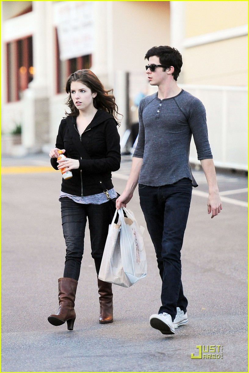 Paparazzi Anna Kendrick nudes (27 foto and video), Topless, Fappening, Twitter, braless 2006