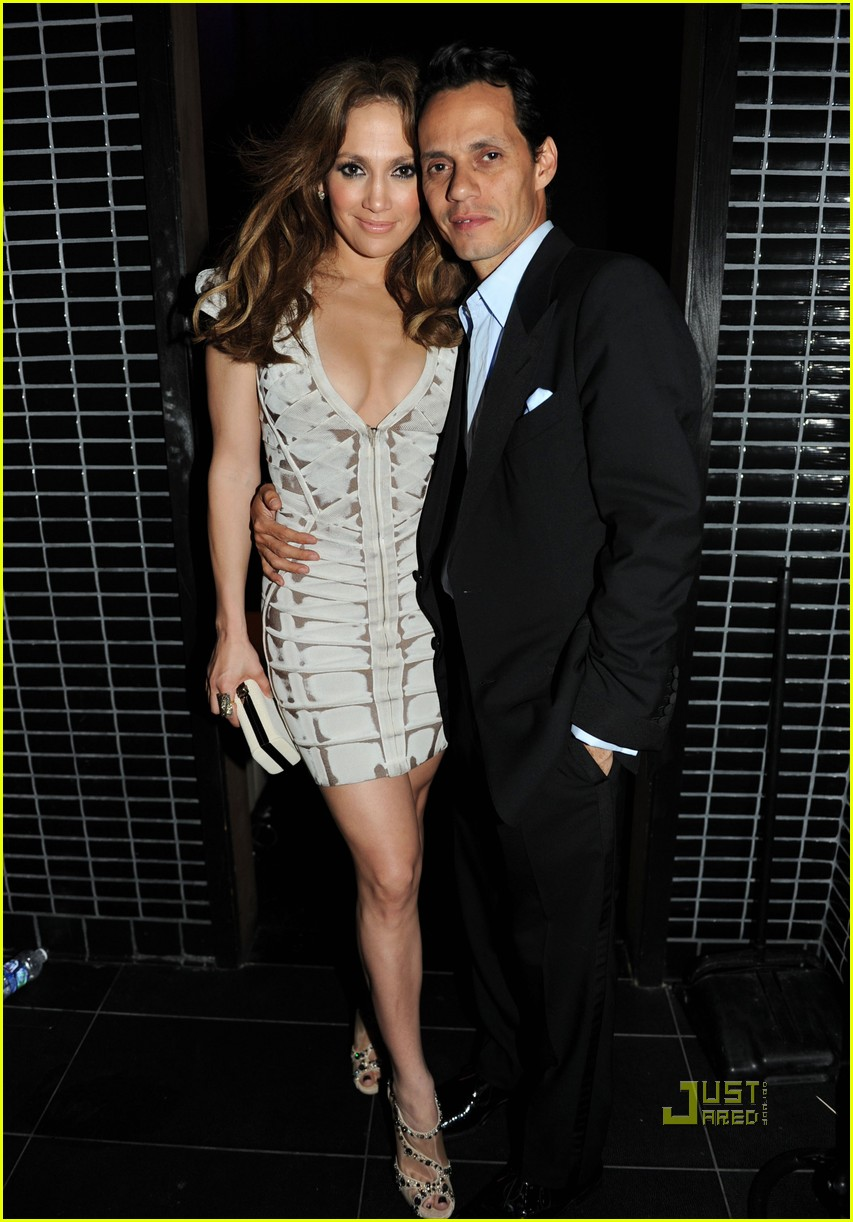 Jennifer Lopez: Fresh Out the Axe Lounge: Photo 2426155