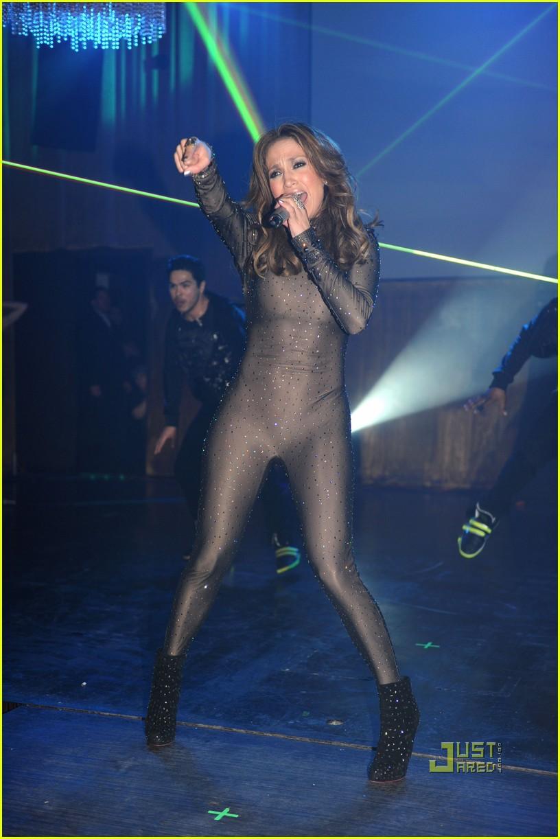 Jennifer Lopez: Fresh Out the Axe Lounge: Photo 2426156