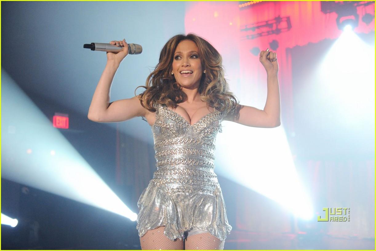 Jennifer Lopez: Fresh Out the Axe Lounge: Photo 2426153