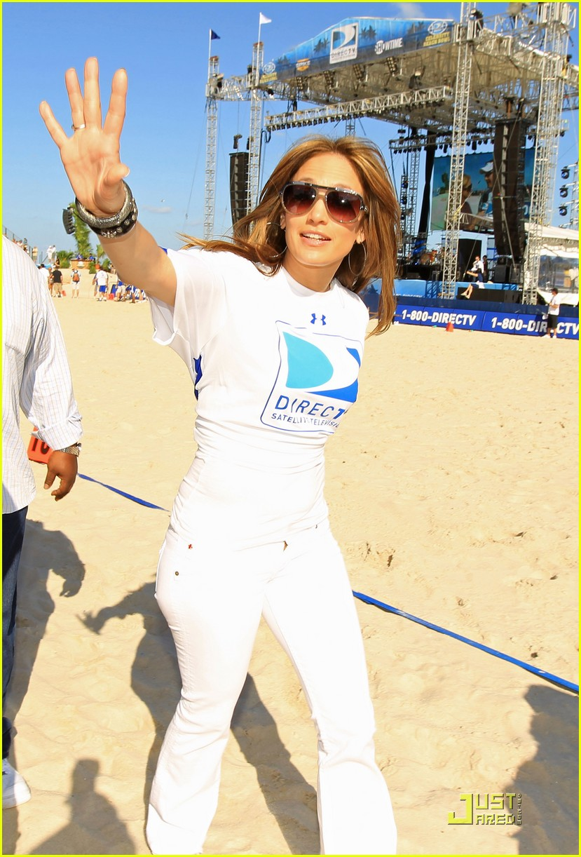 jennifer lopez directv celebrity beach bowl 042425931