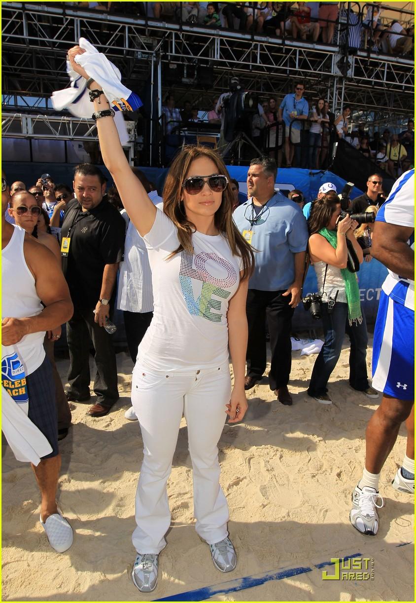 jennifer lopez directv celebrity beach bowl 102425937