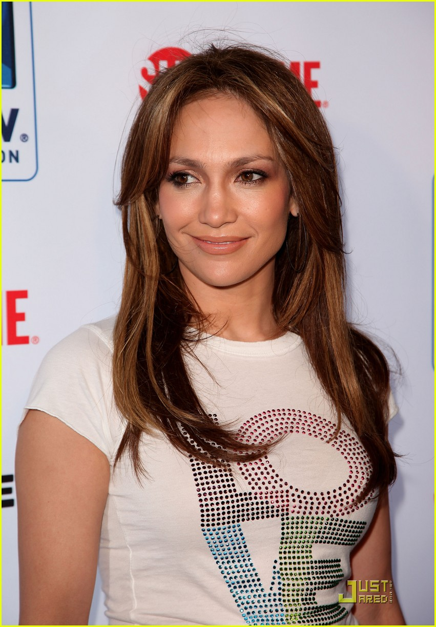 jennifer lopez directv celebrity beach bowl 142425941