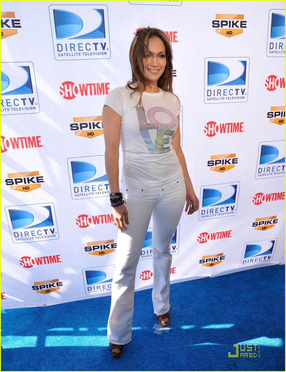 jennifer lopez directv celebrity beach bowl 32