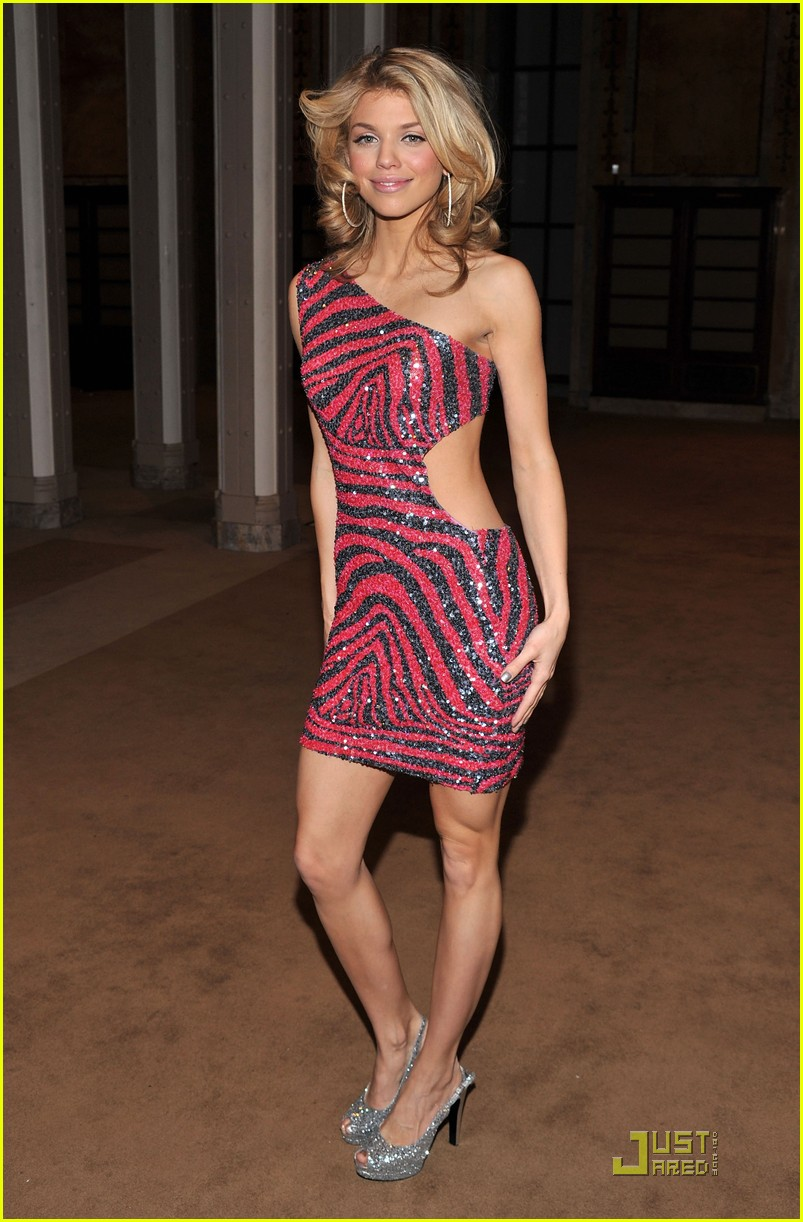 annalynne mccord cutout kisses 12
