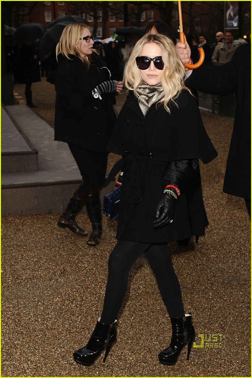 mary kate olsen kate hudson burberry 032429804