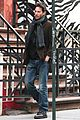 keanu reeves soho stroll 09
