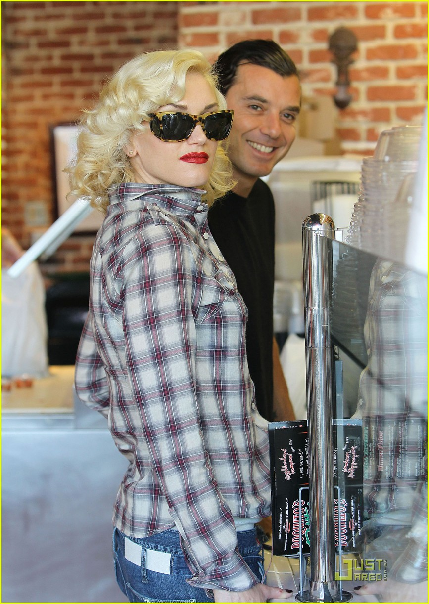 gwen stefani rossdale lunch lovebirds 142427643