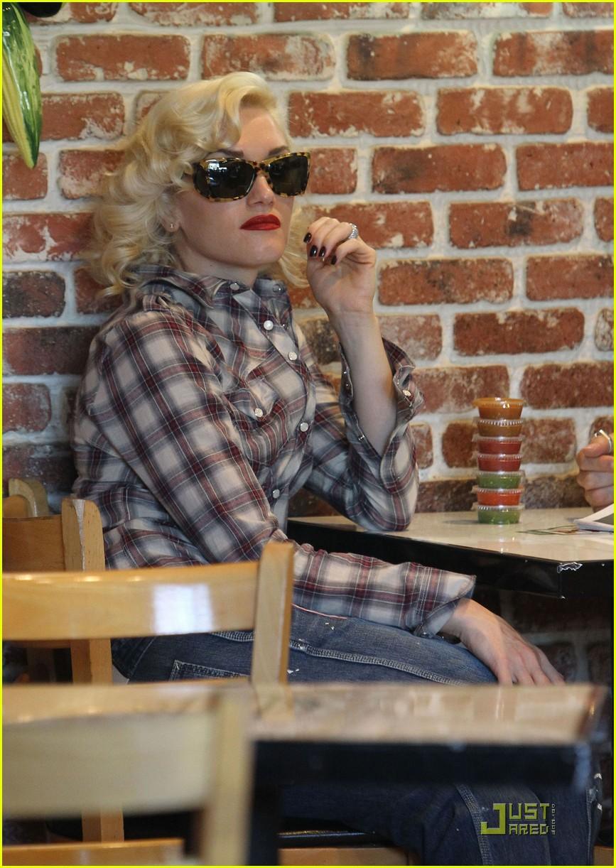 gwen stefani rossdale lunch lovebirds 162427645