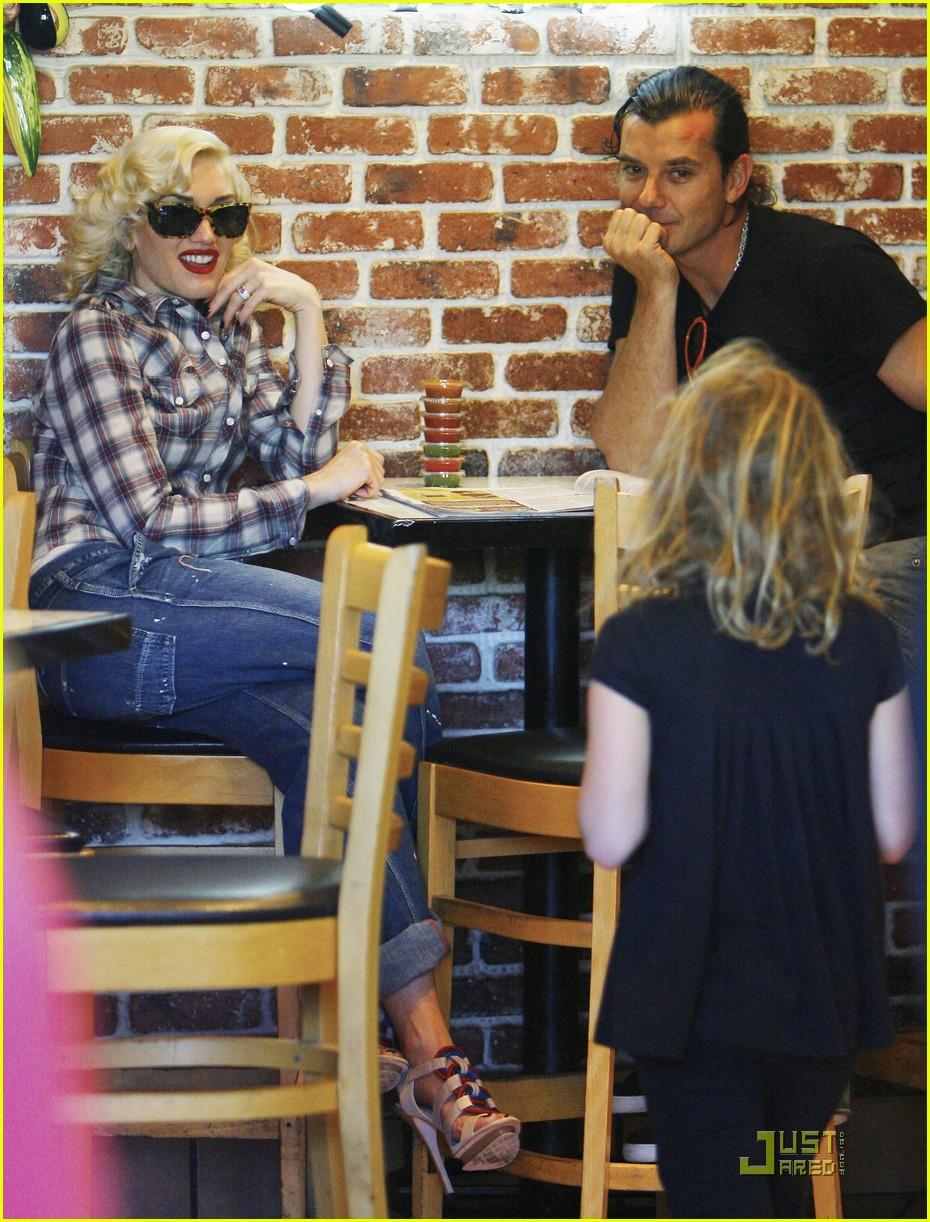 gwen stefani rossdale lunch lovebirds 19