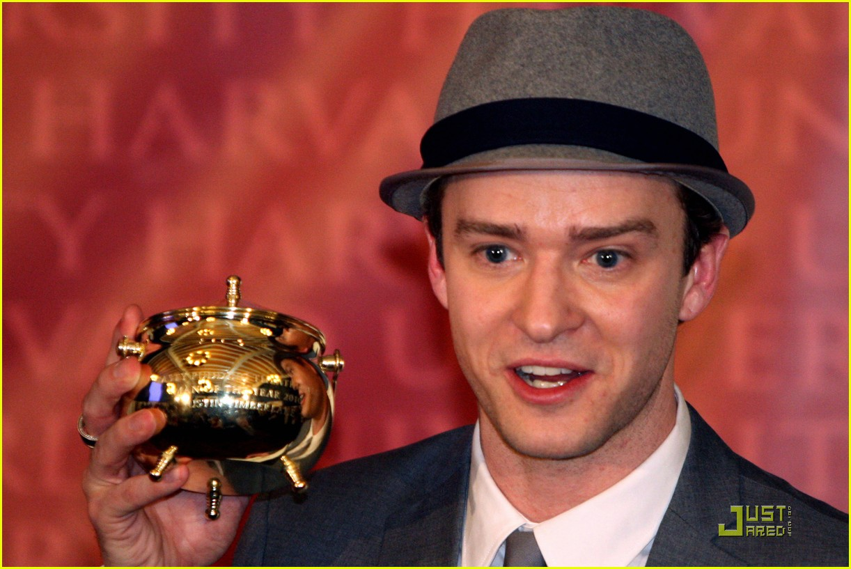 justin timberlake hasty pudding pot man of the year 042425740