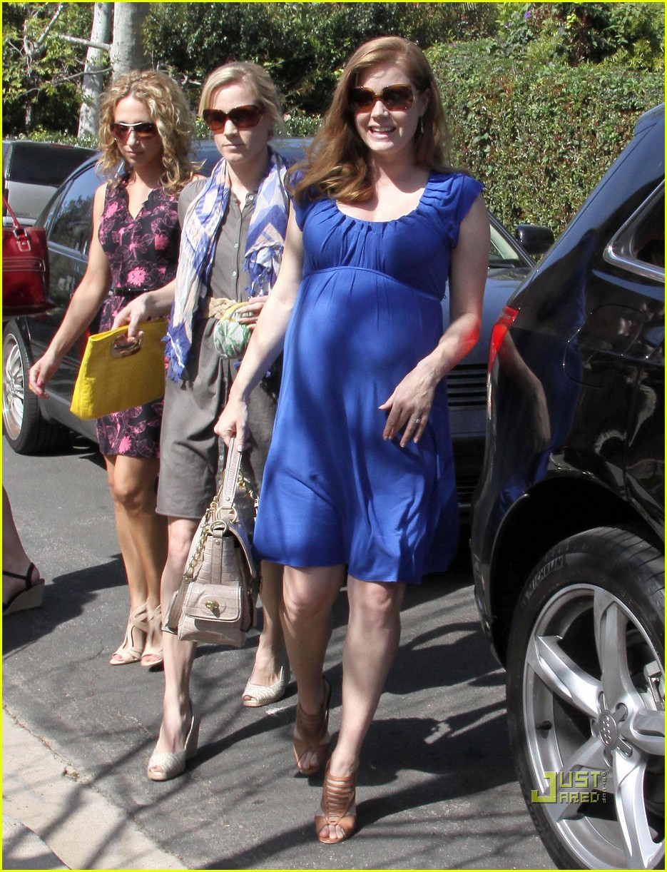 Amy Adams: Baby Shower On Saturday!
