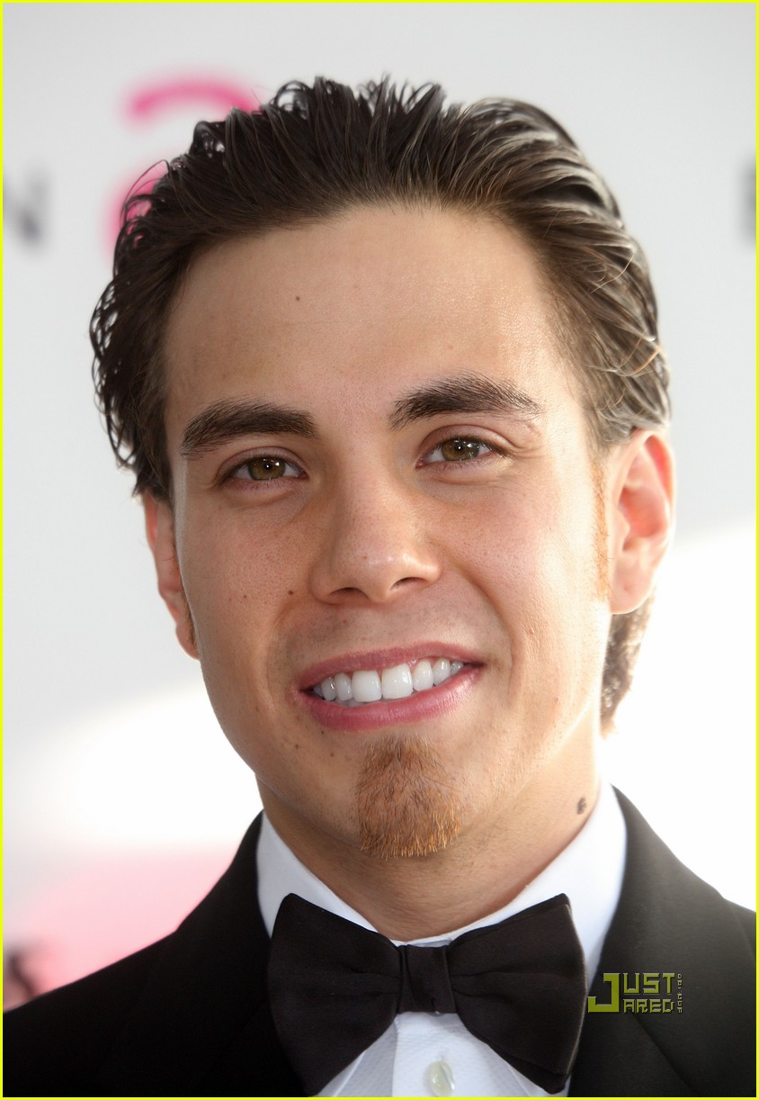 apolo ohno elton john oscar viewing party 072433399