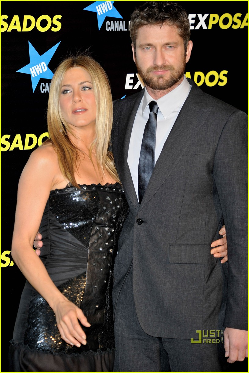 jennifer aniston gerard butler spain sexy 12