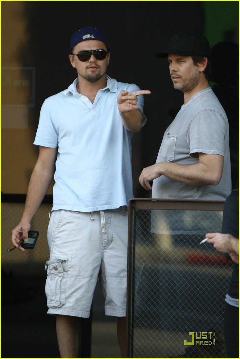 leonardo dicaprio chess and cigars 02