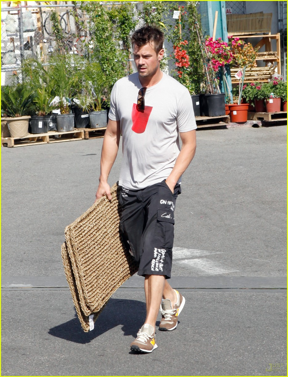 Josh Duhamel Joins Red Cross' National Celebrity Cabinet Josh Duhamel