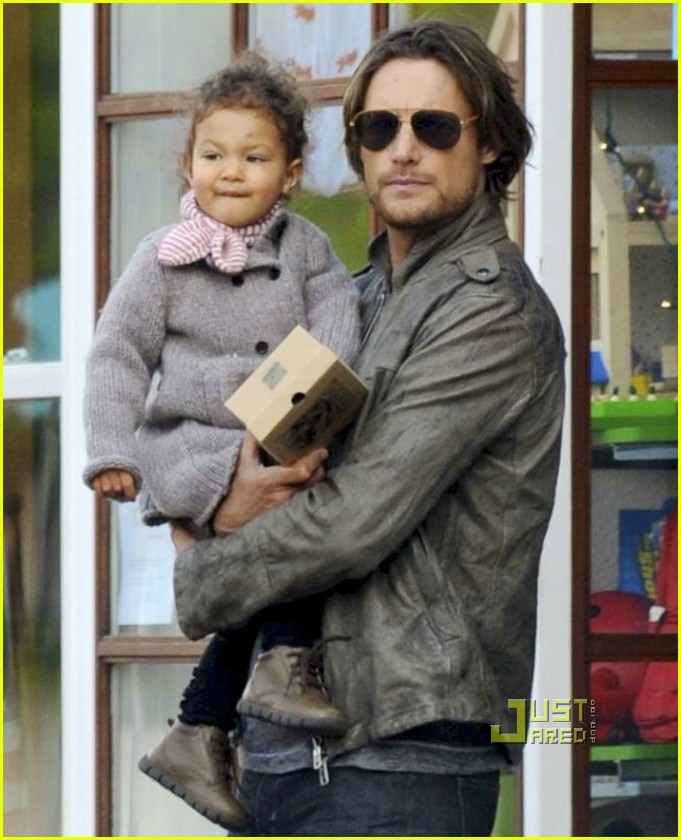 halle berry gabriel aubry nahla bay area shopping 04