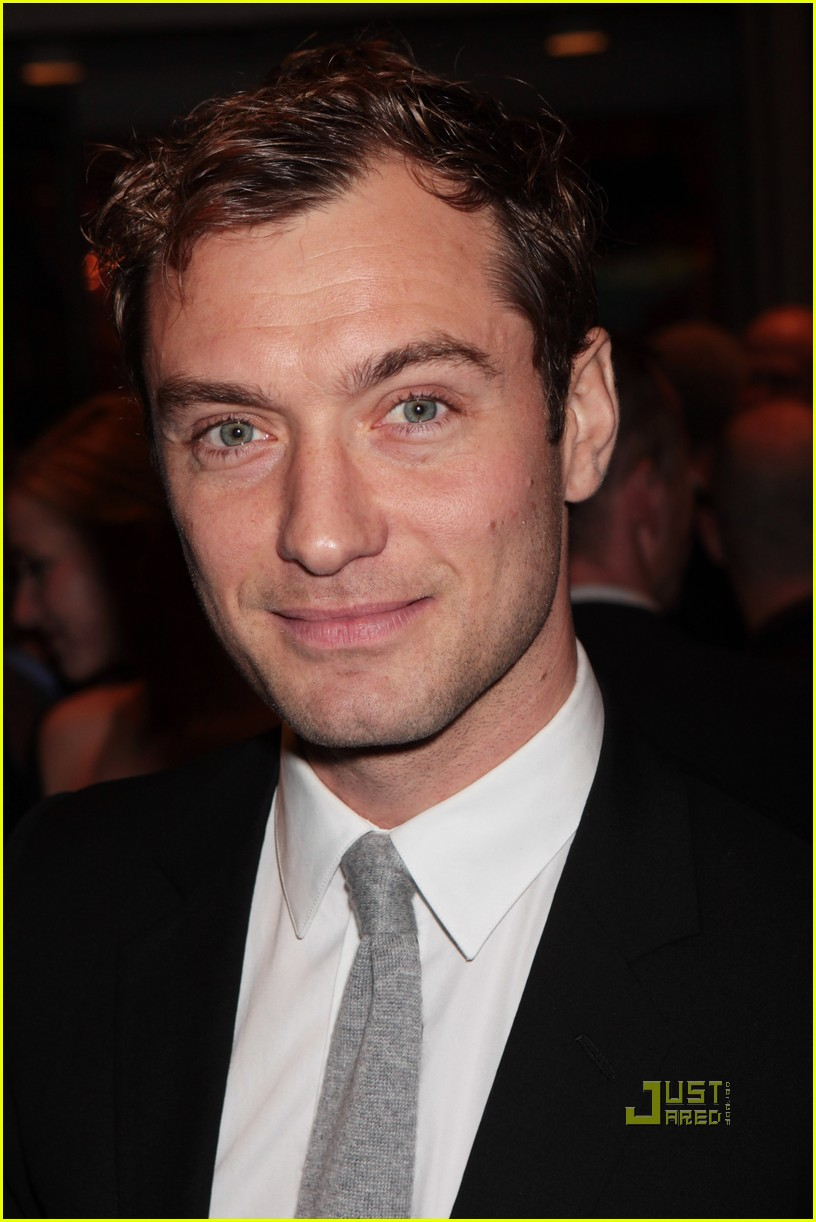 jude law empire awards 01