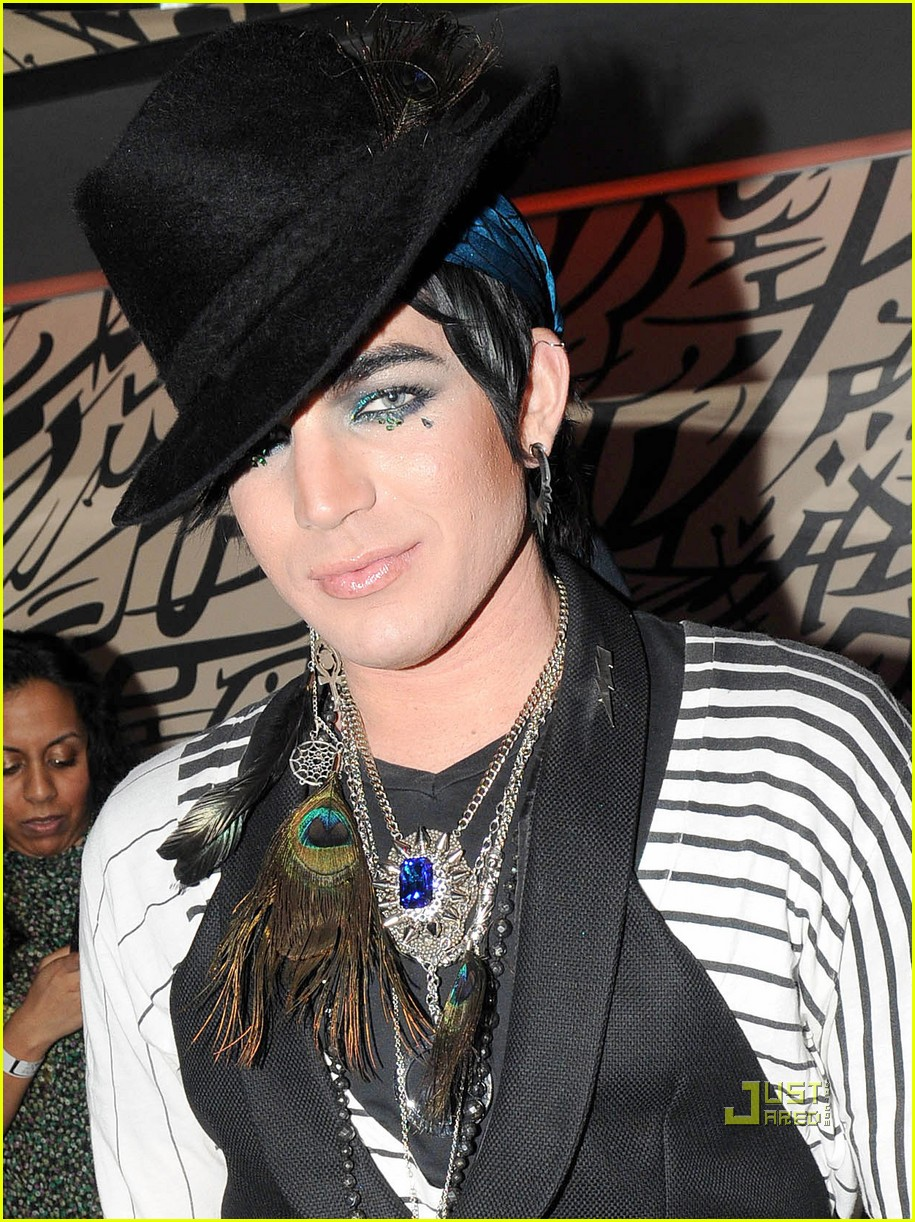 adam lambert glaad awards performance 02