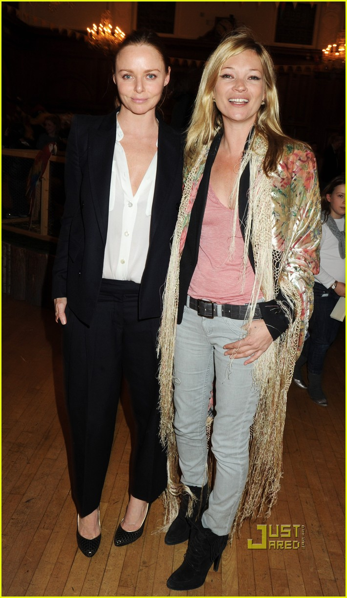 Stella McCartney And Kate Moss Team Up For Breast Cancer Awareness Stella McCartney And Kate Moss Team Up For Breast Cancer Awareness new images