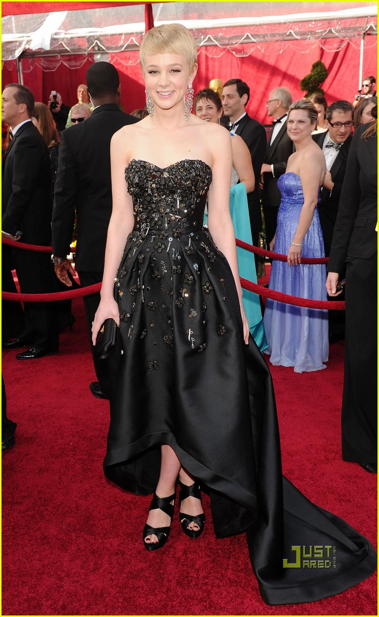 carey mulligan 2010 oscars red carpet 012432736