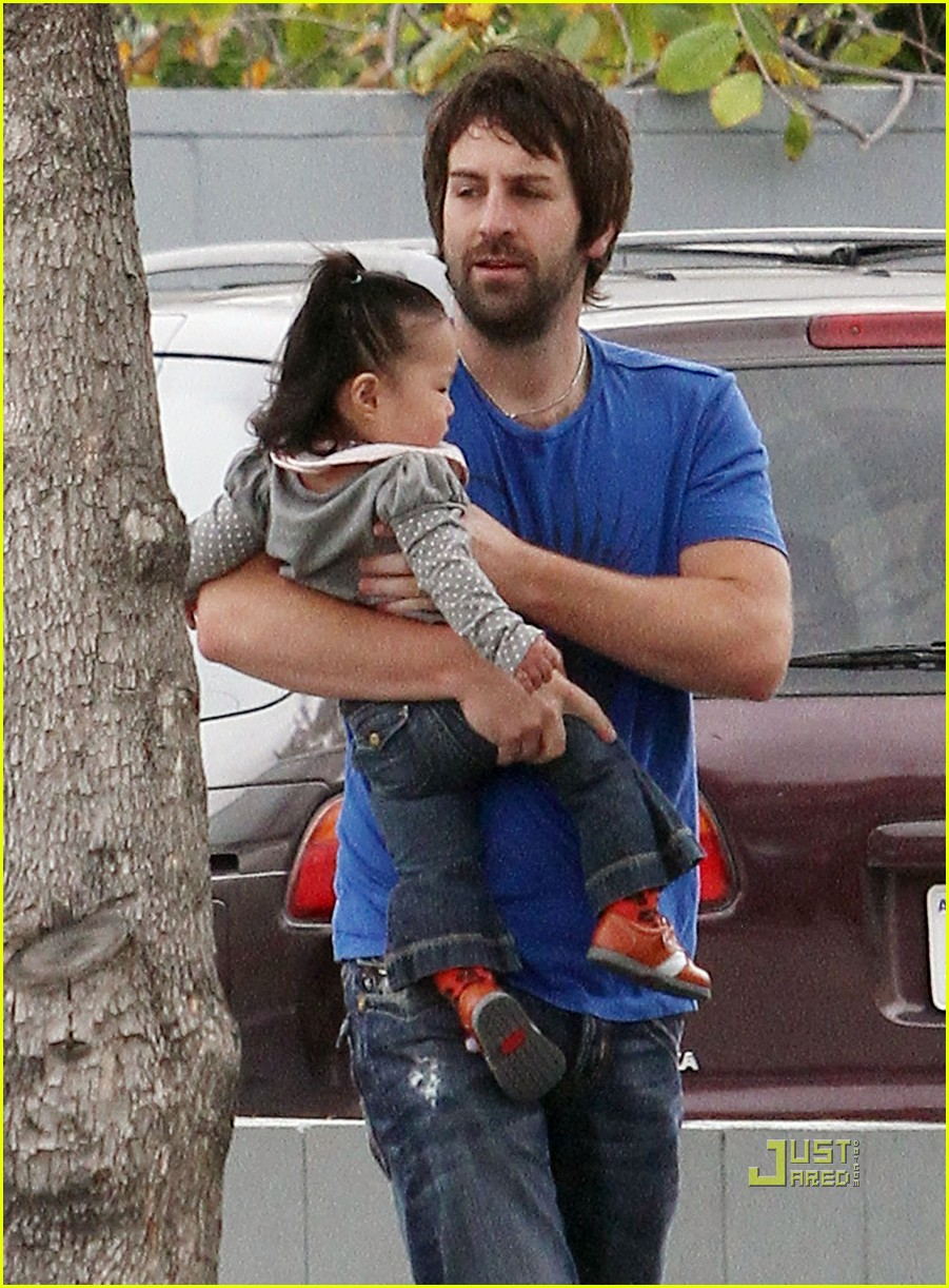 josh kelley naleigh pediatrician pigtails 01