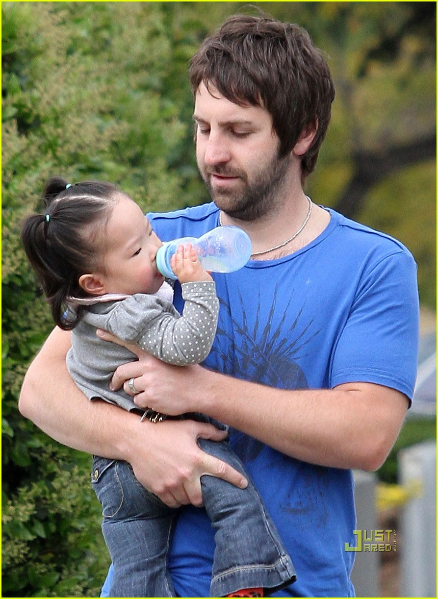 josh kelley naleigh pediatrician pigtails 132439031