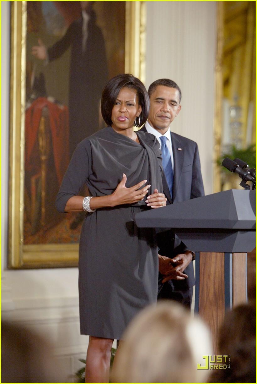 michelle obama celebrates international womens day 092433468