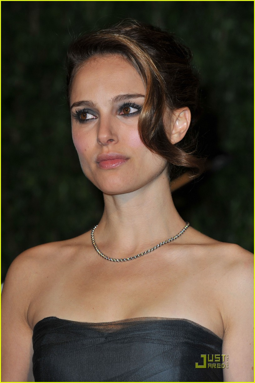 natalie portman vanity fair party perfection 082433200