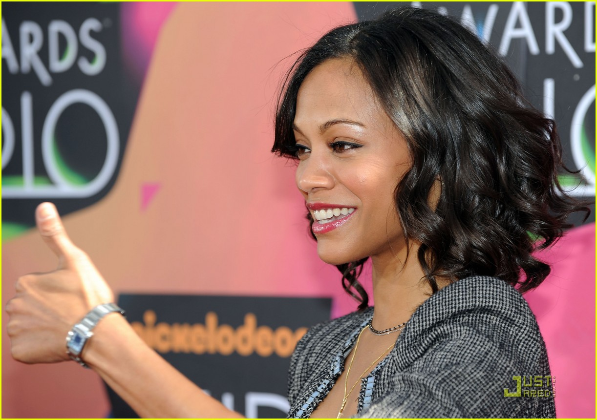 zoe saldana 2010 kids choice award 042437903