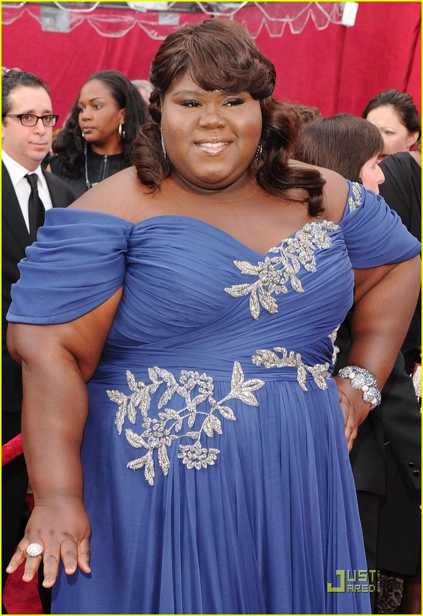 gabourey sidibe 2010 oscars red carpet 012432865