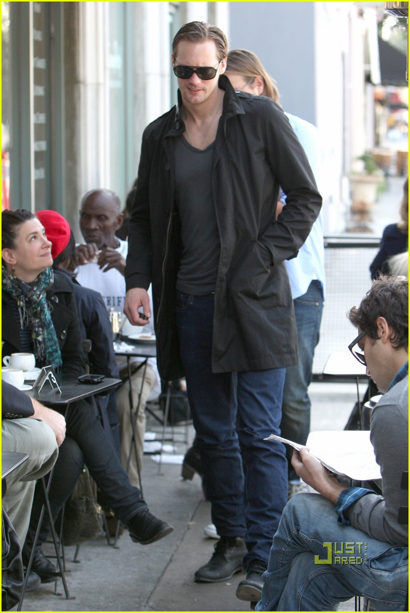 alexander skarsgard joans on third lunch 14