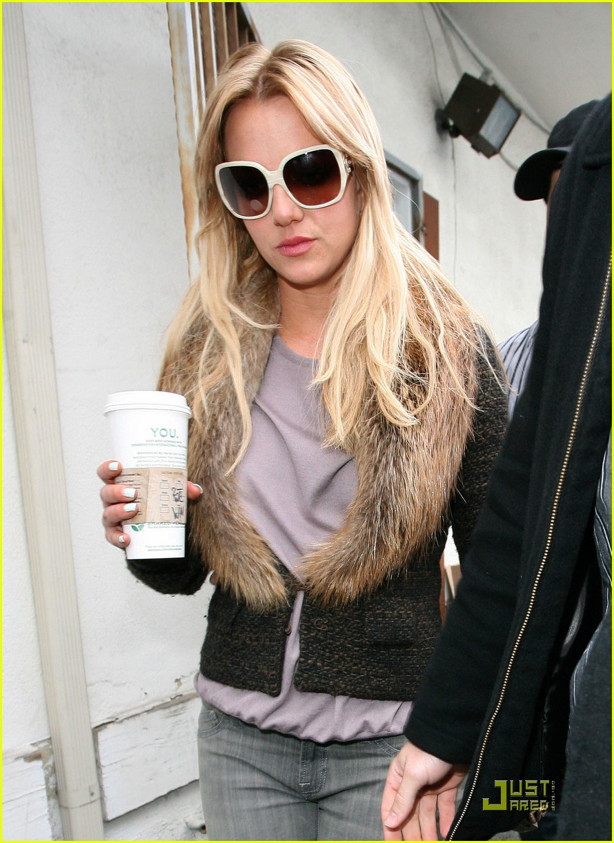 11b45f9c80eb7 Britney Spears  Back To Blonde!  Photo 2430970
